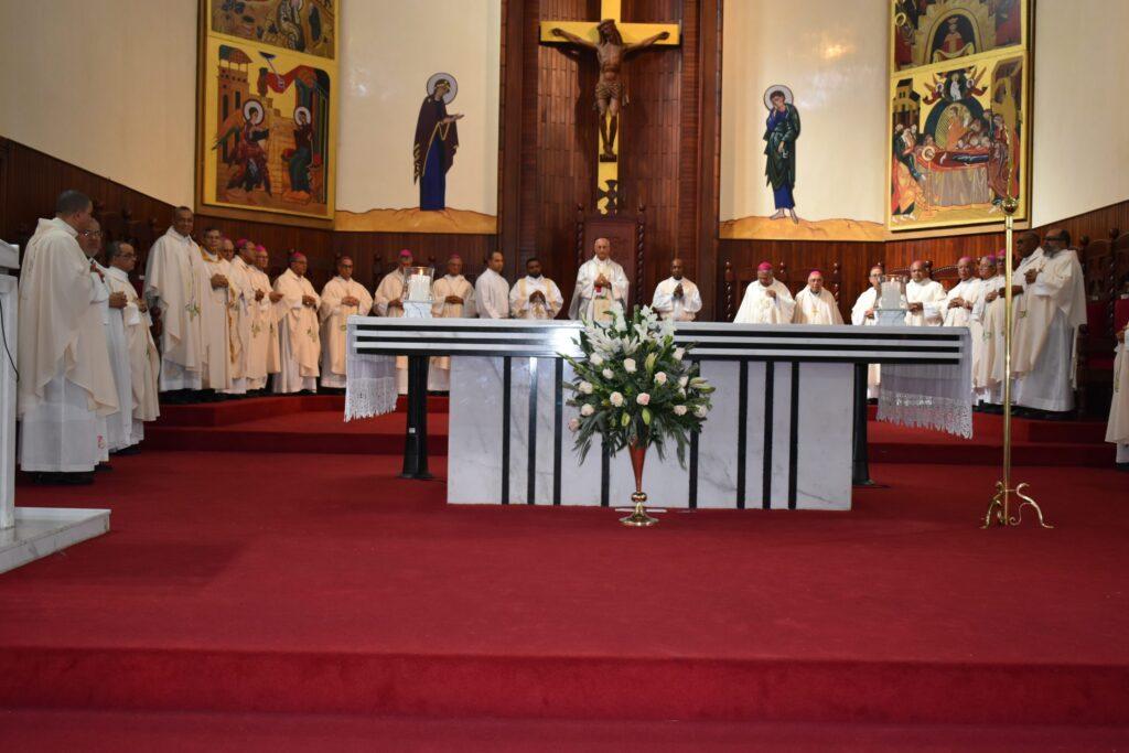 Obispos en la celebración de los 40 años de la Diócesis de San Francisco de M.