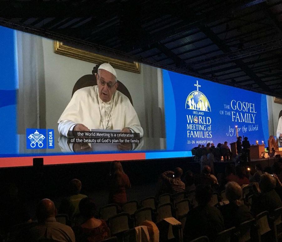 papa francisco en la inauguración del encuentro mundial de familias