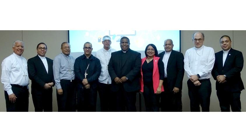 Obispos en el taller sobre comunicación efectiva
