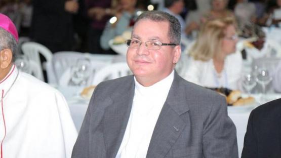 padre amable duran obispo